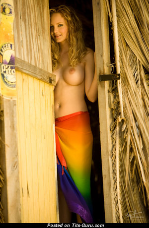Shera Bechard - nude awesome woman picture