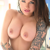 Karmen Karma - awesome female with big boob photo