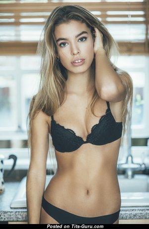 Jessica Goicoechea - Pretty Non-Nude Blonde Babe in Lingerie & Panties (Hd Sex Pix)