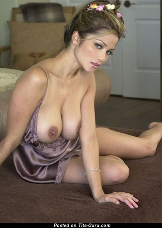 Nude awesome woman image