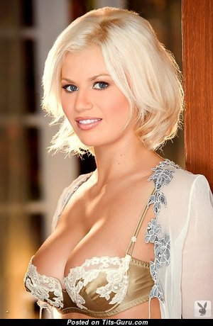 Hotty Playboy Model - Elegant Glamour & Non-Nude Playboy Blonde Wife, Mom & Babe with Elegant Real Normal Boobs (Xxx Pic)