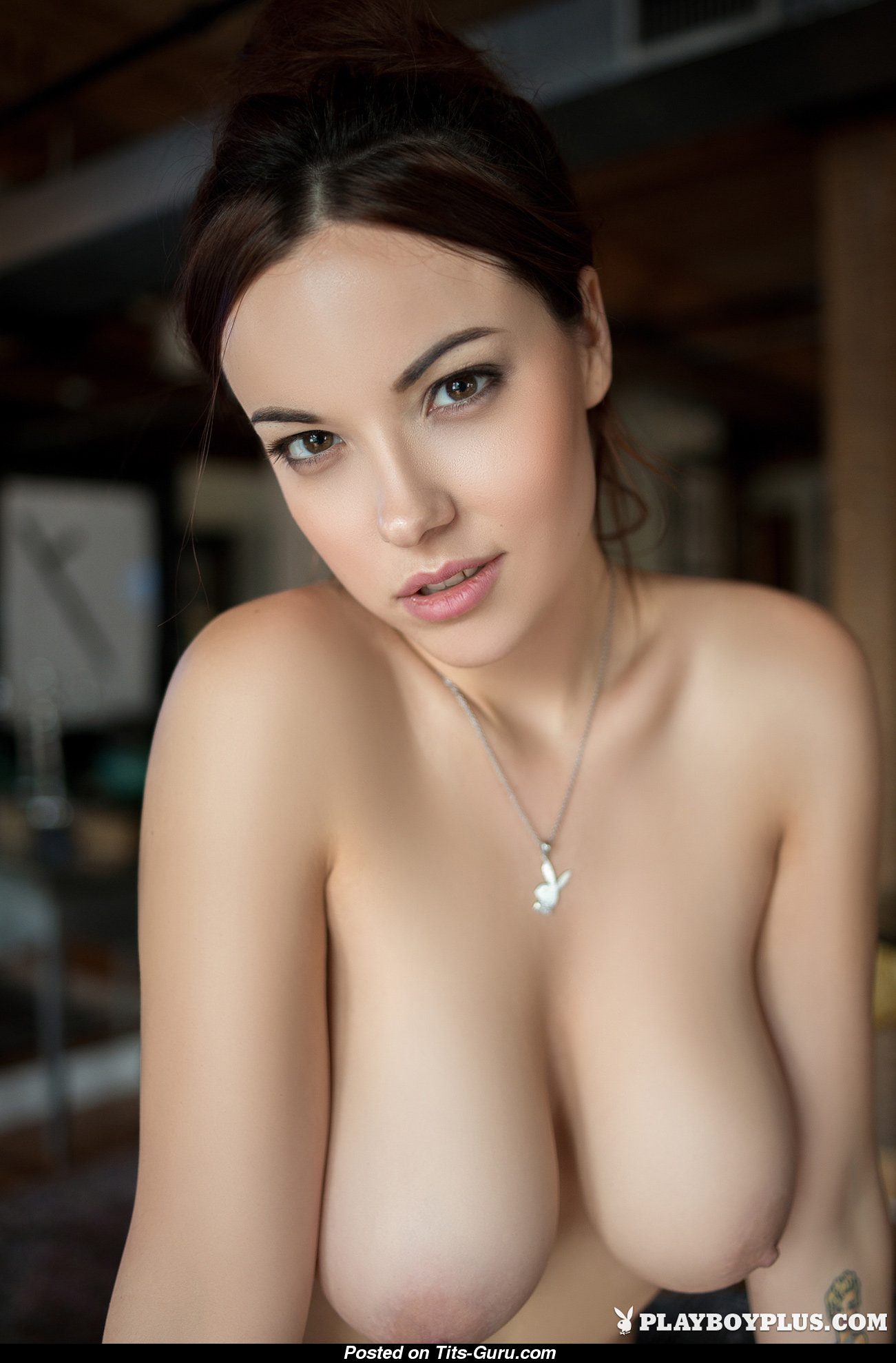Elizabeth marxs boobs
