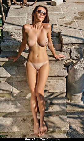 Nude beautiful female photo