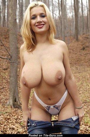 Splendid Babe with Splendid Naked Real H Size Tittys (Hd Xxx Foto)