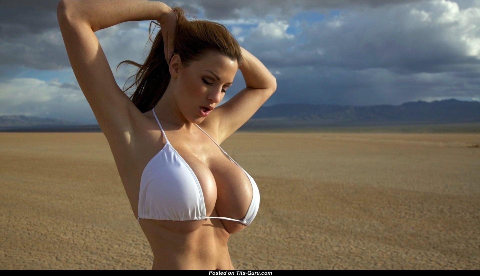 Самые большие сиськи мира секс, Большие сиськи красивых дамочек - Порно Большие 22 фотография