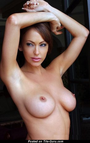 Image. Naked awesome lady with big boob image