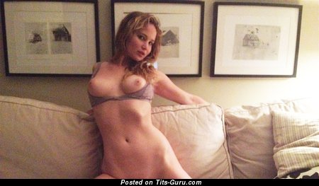 Jennifer Lawrence - topless amateur blonde with medium natural tits and big nipples selfie