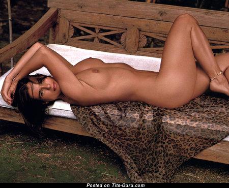Изображение. Katarina Witt - фотография умопомрачительной голой девушки с натуральными дойками