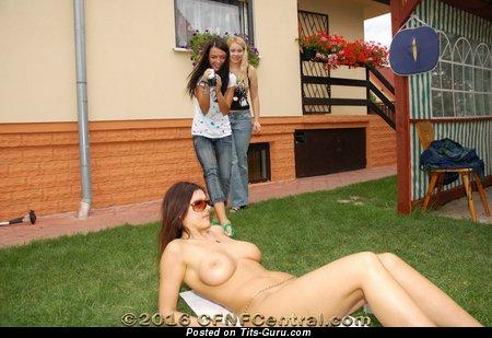 Naked hot female pic