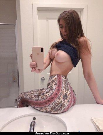 Cute Nude Brunette (Selfie Hd Xxx Pix)