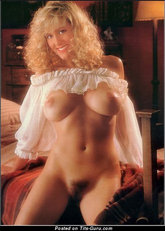 Carrie Yasell - Superb Blonde Babe with Superb Naked Real D Size Boob (Vintage Porn Pix)