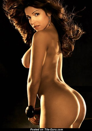 Vida Guerra - Wonderful American Red Hair Girlfriend with The Best Naked Round Fake G Size Tittes (Sex Photo)