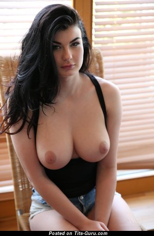 Lucy Li - Pleasing Czech Babe & Pornstar with Pleasing Bare Real Normal Busts (Hd Sexual Image)