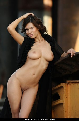 Suzanna A - Delightful Brunette Babe with Delightful Bald Real Soft Boob (Sexual Foto)