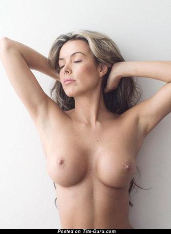 Carolina Jimenez - Adorable Latina Babe with Adorable Exposed Soft Boobs (18+ Foto)
