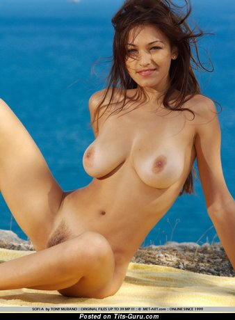 Image. Sofi A - nude beautiful female pic