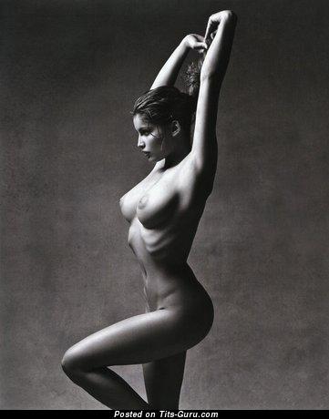 Изображение. Фотка сексуальной раздетой леди