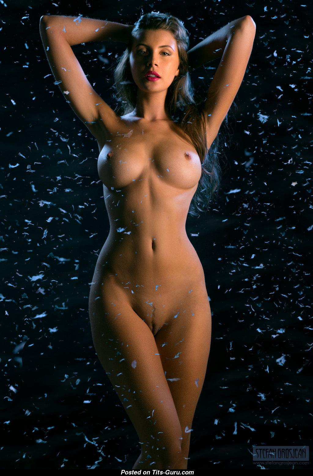 Olga Kamiska - Brunette With Bare Natural Sizable Tots -6661