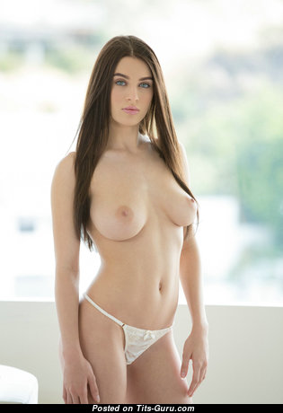 Fascinating Brunette Girlfriend & Babe with Fascinating Nude Natural Tittes (Hd Sex Pix)