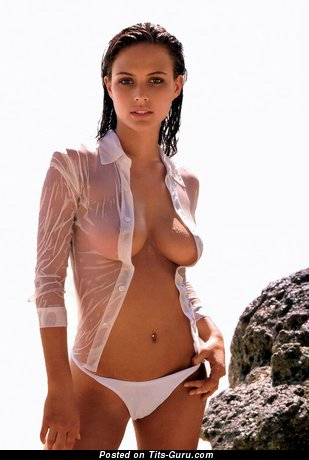 Image. Hot female with big natural tittys pic