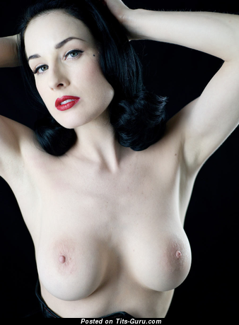 Dita Von Teese - Magnificent American Brunette with Magnificent Defenseless Med Boobie (Sex Photo)