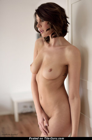 Yummy Unclothed Floozy (Hd Sex Pic)