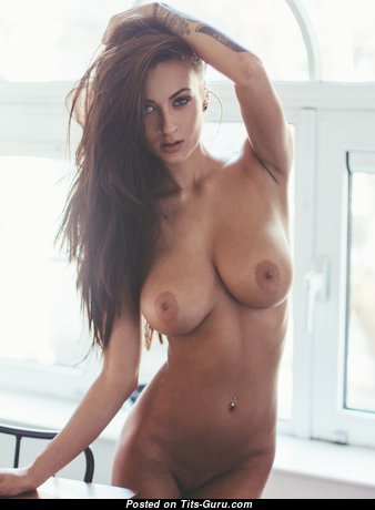 Yummy Babe with Wonderful Naked Real Regular Knockers (Hd Sexual Pic)