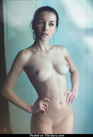 Image. Naked awesome girl with medium natural tittes pic