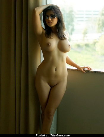 Image. Naked brunette with big boobies photo