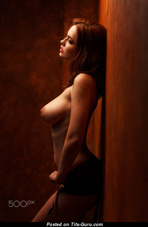 Appealing Undressed Babe (Hd Xxx Foto)
