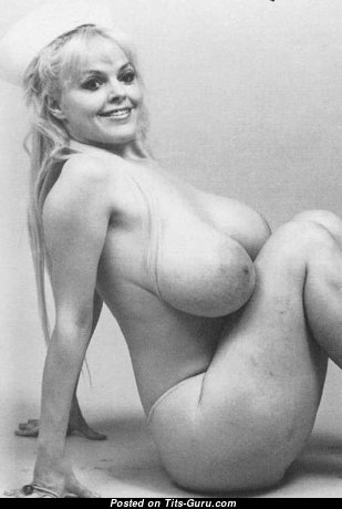 Anne Marie - Good-Looking American Blonde with Good-Looking Nude Hefty Boobies (Vintage Sexual Pic)
