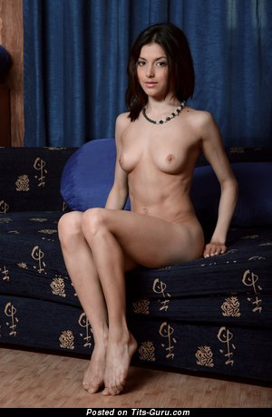 Image. Nude awesome woman with natural tittes image