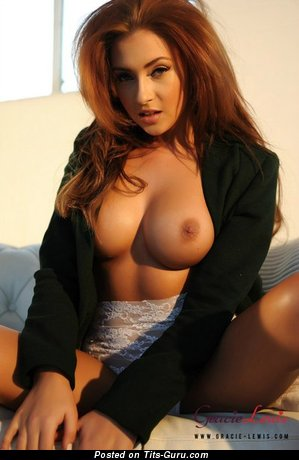Image. Naked awesome girl with medium tittys pic