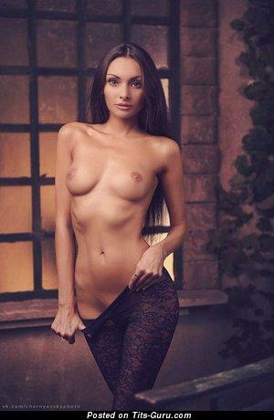 Image. Amateur nude hot woman picture