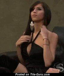 Image. Hot lady with medium natural tittes gif