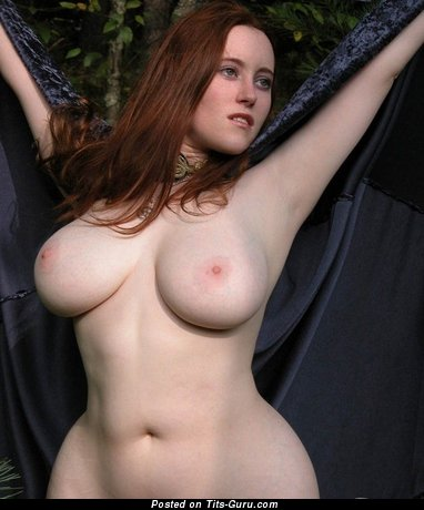 Nude beautiful woman with big natural boob photo