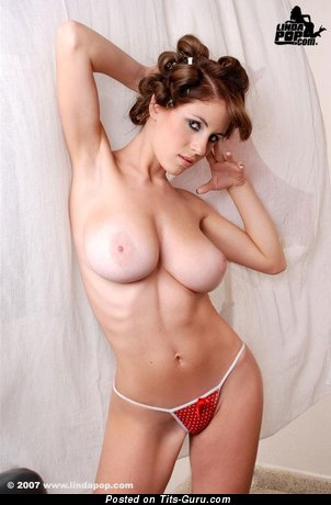 Alicia Cano - nude nice girl with big natural tittes picture