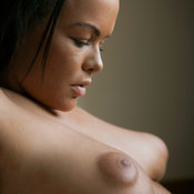 Linette - wonderful female with medium natural breast pic