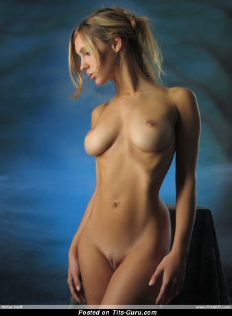 Image. Sexy blonde with natural tittes pic