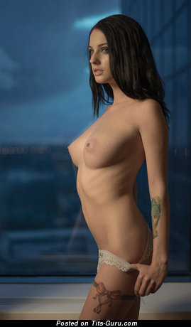 Алла Бергер: sexy naked brunette with natural tots photo