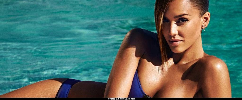 Jessica alba s naked boobs would like