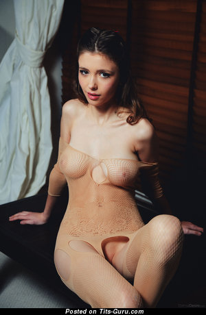 Mila - naked wonderful lady with natural tits photo