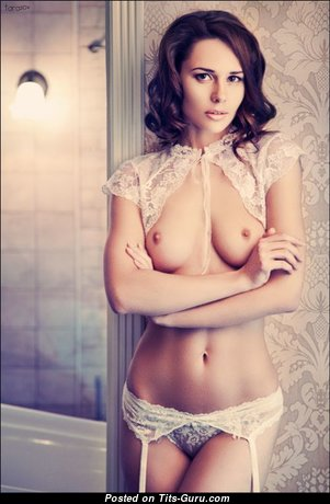 Fascinating Glamour Babe with Fascinating Bald Natural Tittes & Long Nipples (Xxx Pix)
