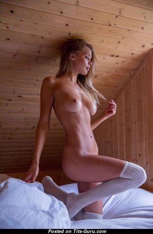 Allie Leggett - Wonderful American Playboy Blonde with Wonderful Naked Real Boobies (Hd 18+ Photoshoot)