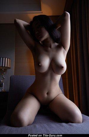 Naked awesome girl photo