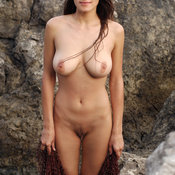Sofi A - nice girl with natural breast pic