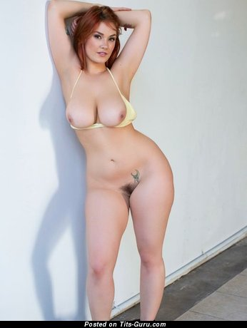 Image. Naked amazing girl with natural tots pic