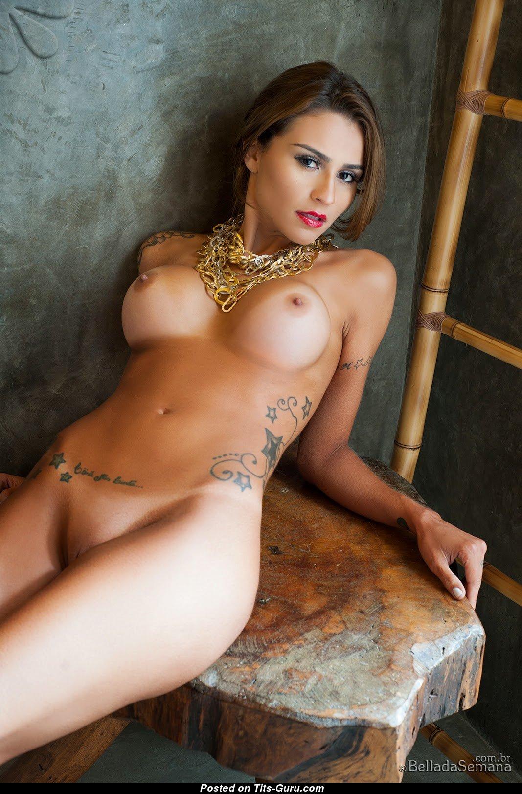 Claudia Alende Nackt