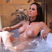 Winona - hot female with big natural tittys pic