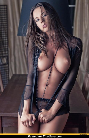 Sexy Girl with Sexy Bare Very Big Boobie (Hd 18+ Photo)